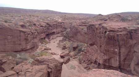 Caminanndo por un lugar testigo de mas de 140 millones de años de historia natural